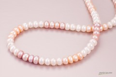 Trīskrāsu pērļu kaklarota