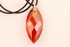 Sarkanais Swarovski kristāls