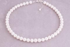 Spoži baltās pērles