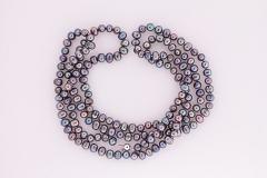 Persiku krāsas garās pērles
