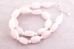 Rozā kvarcs ar pērlēm